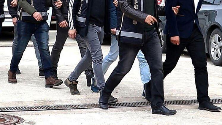 5 ilde 'FETÖ'nün 'TSK yapılanması'na operasyon: 15 gözaltı