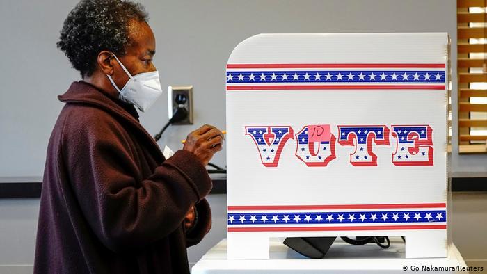 ABD'de başkanlık seçimi bugün: Rekor katılım bekleniyor