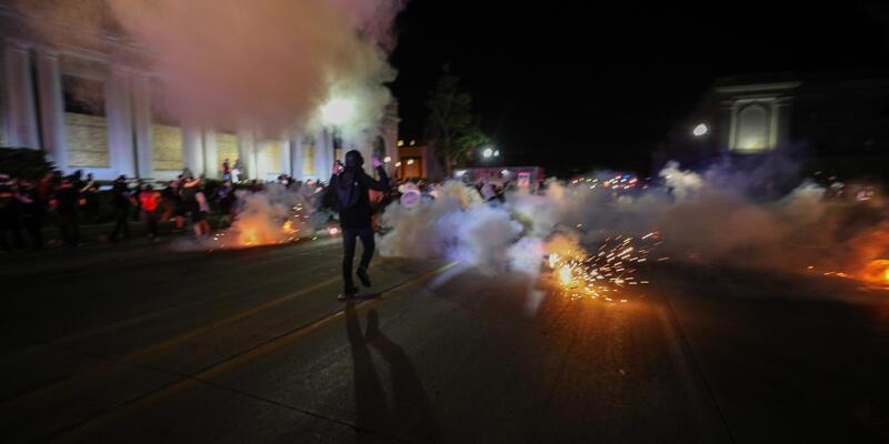ABD'deki protestolarda iki kişi vurularak öldürüldü
