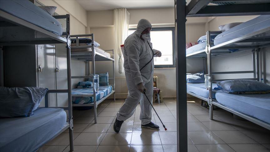 Açık cezaevlerindeki hükümlülerin Kovid-19 izin süreleri uzatıldı