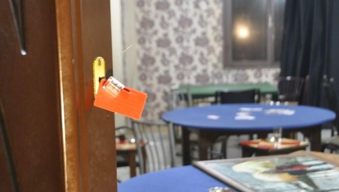 Adana'da kumar baskını: 28 kişiye 113 bin lira ceza