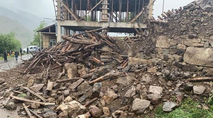 AFAD: Bingöl depreminde 22 yapı yıkıldı, 214'ü hasar gördü