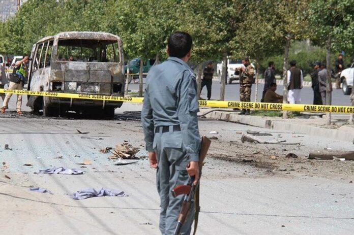 Afganistan'da otobüse bombalı saldırı: En az 11 ölü