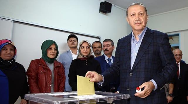 AK Parti'den 'online seçim' hazırlığı