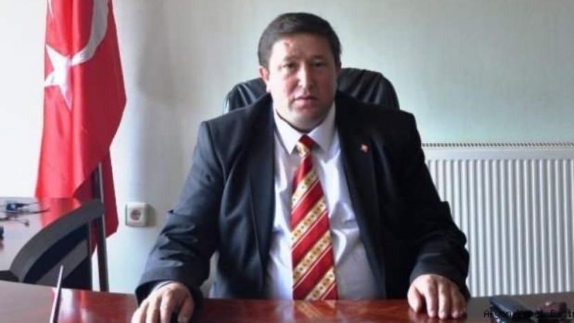 AK Parti'li belediye başkanı koronavirüsten yaşamını yitirdi