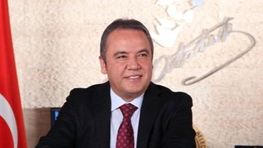 Akdeniz Üniversitesi Rektörü Özkan'dan Muhittin Böcek açıklaması
