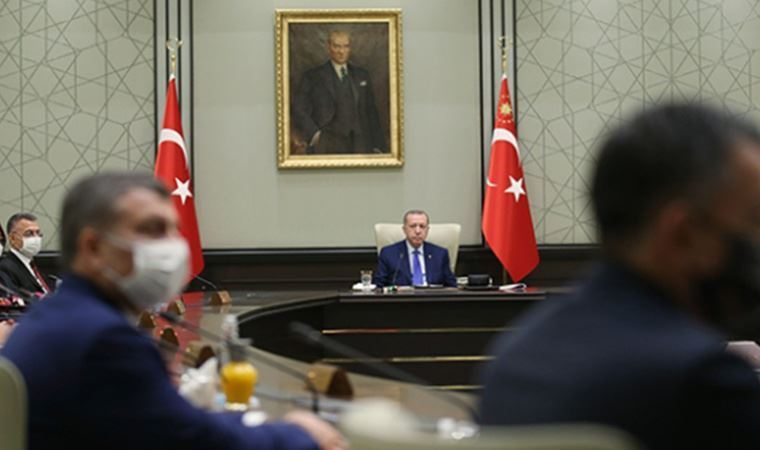 AK Parti'den 'kabine değişikliği' açıklaması