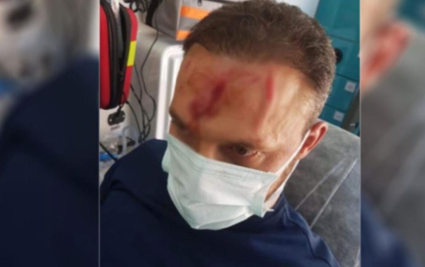 Alevi ortaokul öğretmenine sandalyeli saldırı