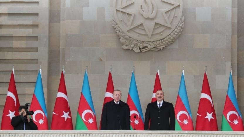 Aliyev ve Erdoğan 'Zafer Geçidi Töreni'nde