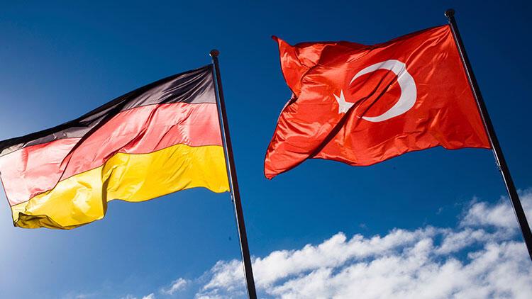 Almanya'dan flaş Türkiye'ye seyahat açıklaması!