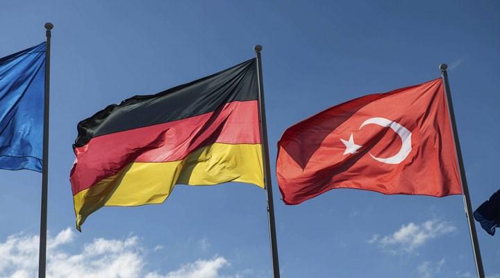 Almanya, Türkiye'ye yönelik seyahat uyarısını 4 şehir için kaldırdı