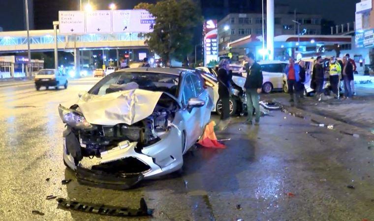 Ankara'da 7 araçlı zincirleme kaza: 2 yaralı