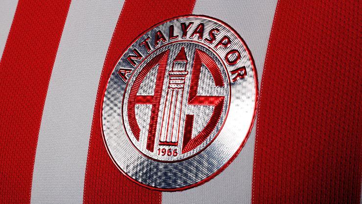 Antalyaspor'un 5 çalışanında Koronavirüs tespit edildi