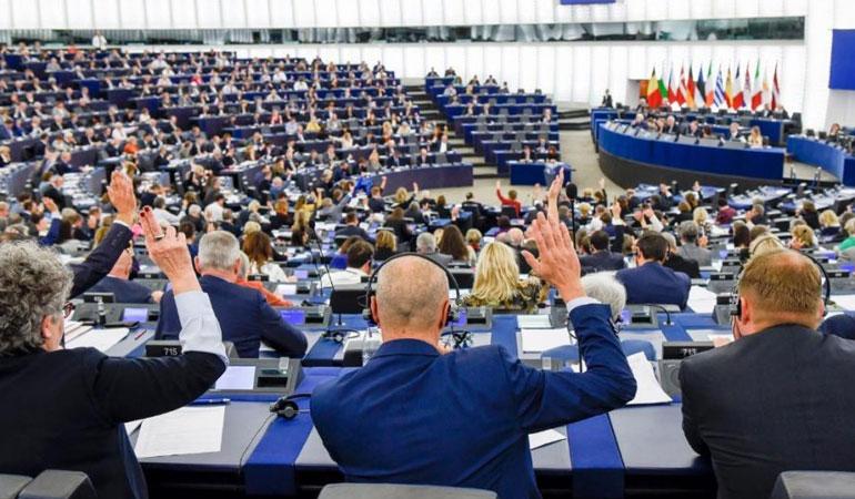 AP'de 'muhalefete yönelik baskılar' nedeniyle Türkiye'yi kınama kararı 603'e karşı 2 oyla kabul edildi