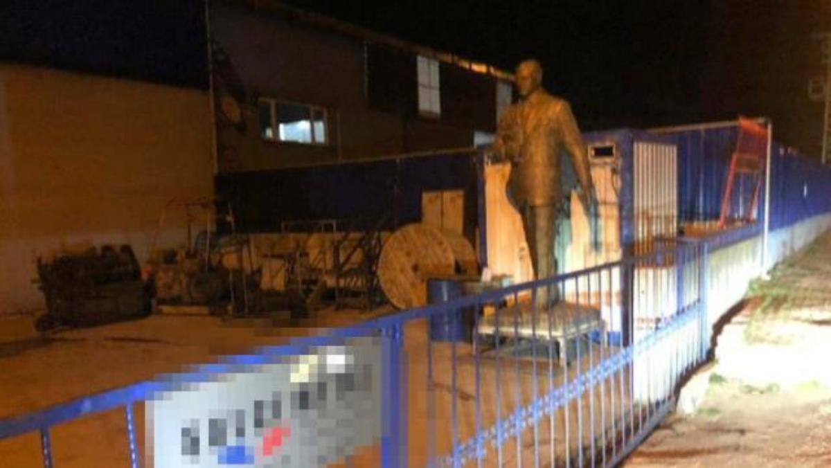 'Atatürk heykelini hurdacıya sattılar' iddiası