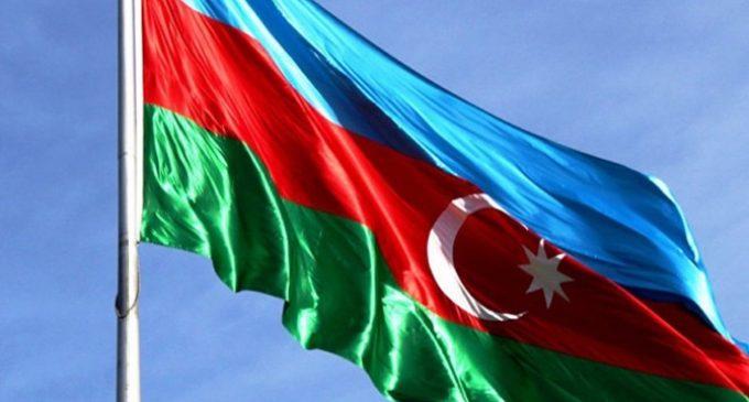 Azerbaycan'da sıkıyönetim iptal edildi