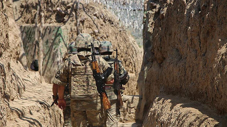 Azerbaycan ordusu, Ermenistan'a ait 2 İHA düşürdü