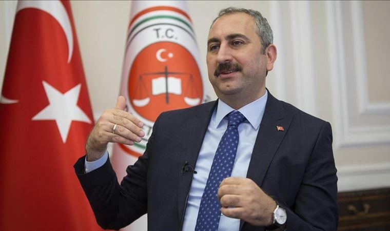 Bakan Abdülhamit Gül'den 'yeni anayasa' açıklaması