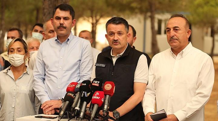 Bakan Pakdemirli: Antalya'da 2 bin 300 yapının etkilendiğini düşünüyoruz