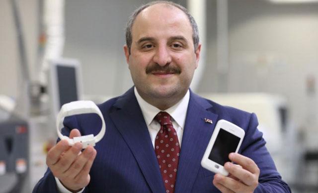 Bakan Varank: Milli elektronik kelepçe, eylül ayında teslim edilmeye başlanacak