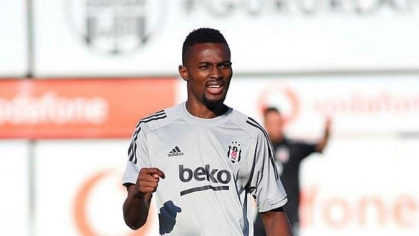 Beşiktaş'ta bir futbolcunun Kovid-19 testi pozitif çıktı