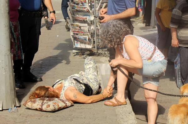 Beyoğlu İlçe Emniyet Müdürlüğü önünde silahlı saldırı