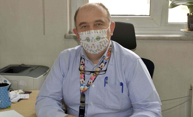 Bilim Kurulu üyesi Prof. Dr. Ateş Kara'dan, mutasyonlu virüste çift maske uyarısı