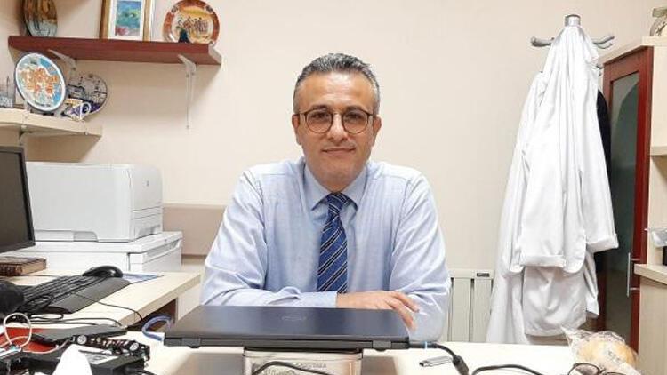 Bilim Kurulu üyesi: Türkiye'ye has mutasyonlar var ama nasıl etki edeceğini bilmiyoruz