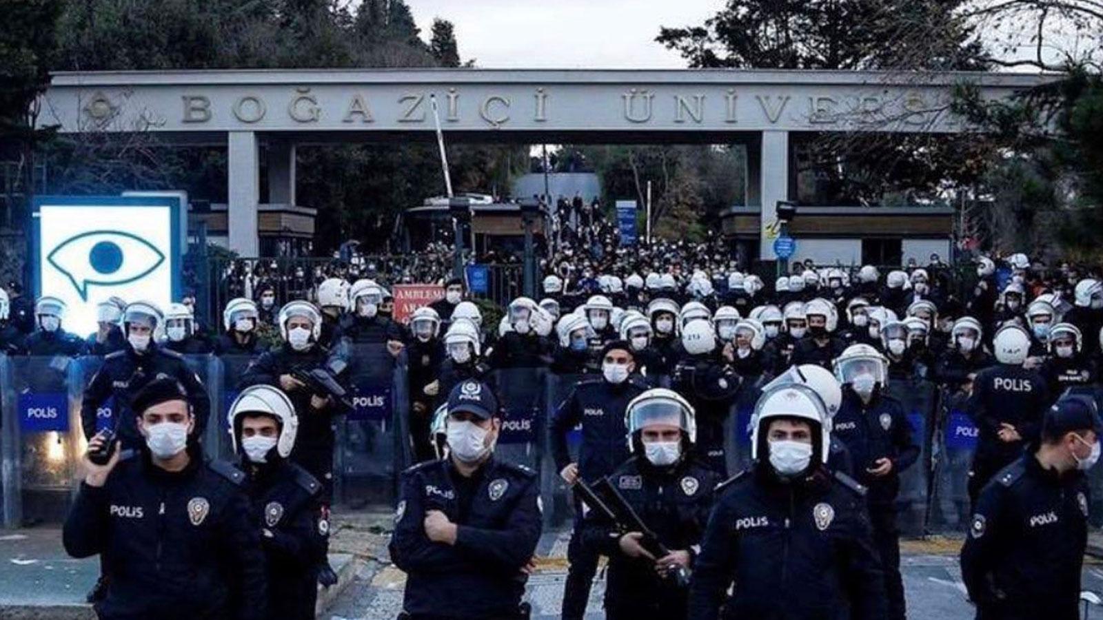 Boğaziçi Üniversitesi'nde 4 kişi gözaltına alındı