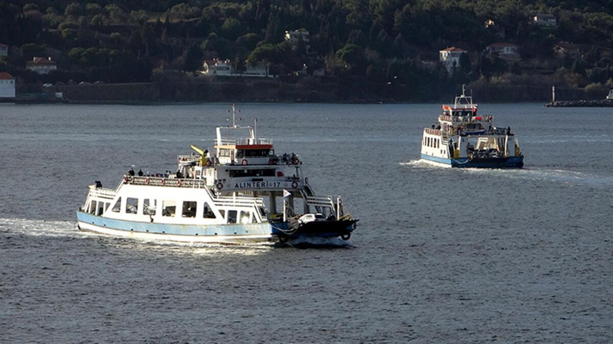 Bozcaada'ya feribot seferleri iptal edildi