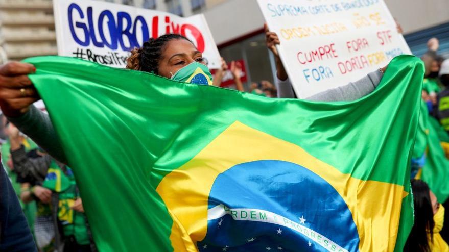 Brezilya'da Covid-19'dan hayatını kaybedenlerin sayısı bin 200 kişi arttı