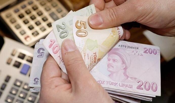 Brüt asgari ücret en düşük memur maaşının altında kaldı