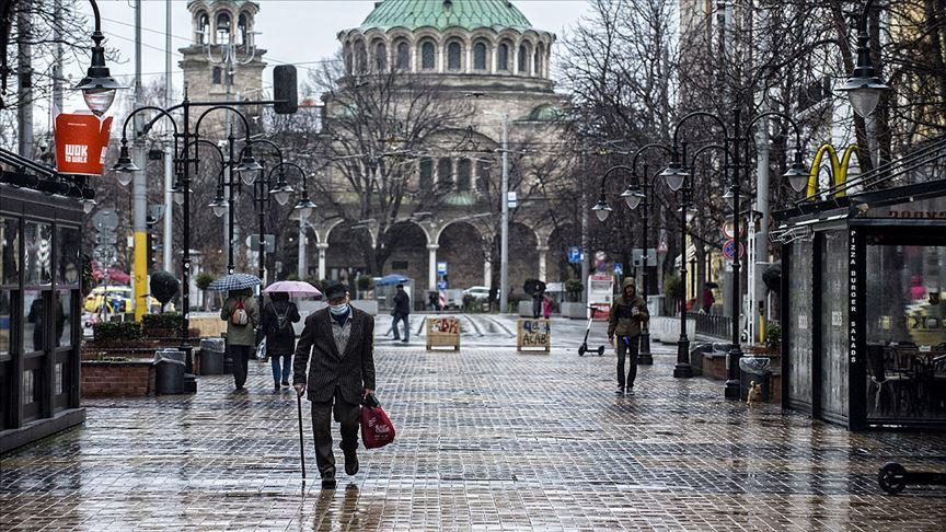 Bulgaristan 10 ülkeden yolcu kabul etmeye başlayacak
