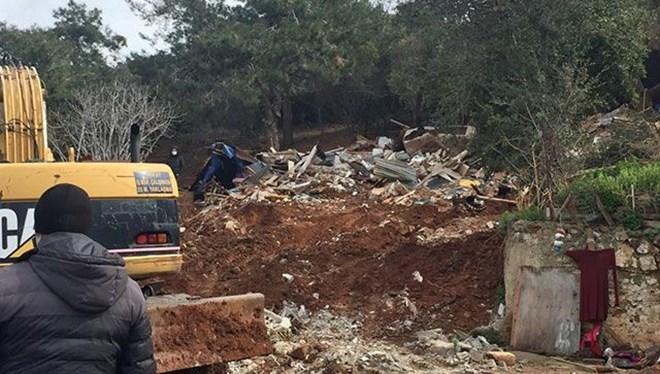 Burgazada'da ahırlar İBB tarafından yıkıldı