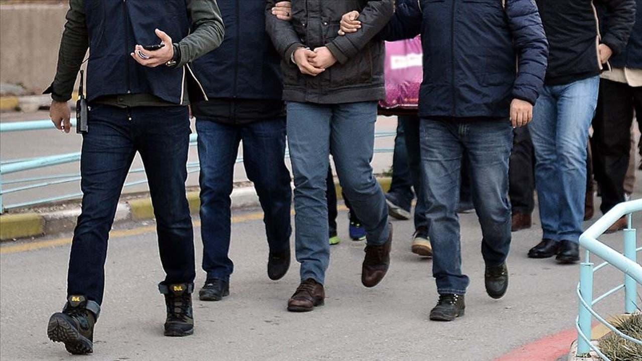 Büyükşehirlerde bombalı eylem hazırlığında olduğu belirlenen 2 kişi yakalandı