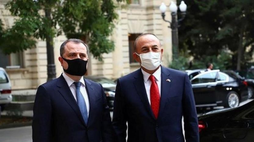 Çavuşoğlu, Azerbaycan Dışişleri Bakanı ile ateşkesi görüştü