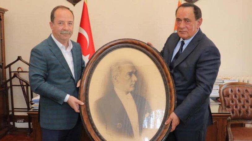 CHP, Alaattin Çakıcı'yı makamında ağırlayan Edirne Belediye Başkanı hakkında inceleme başlattı