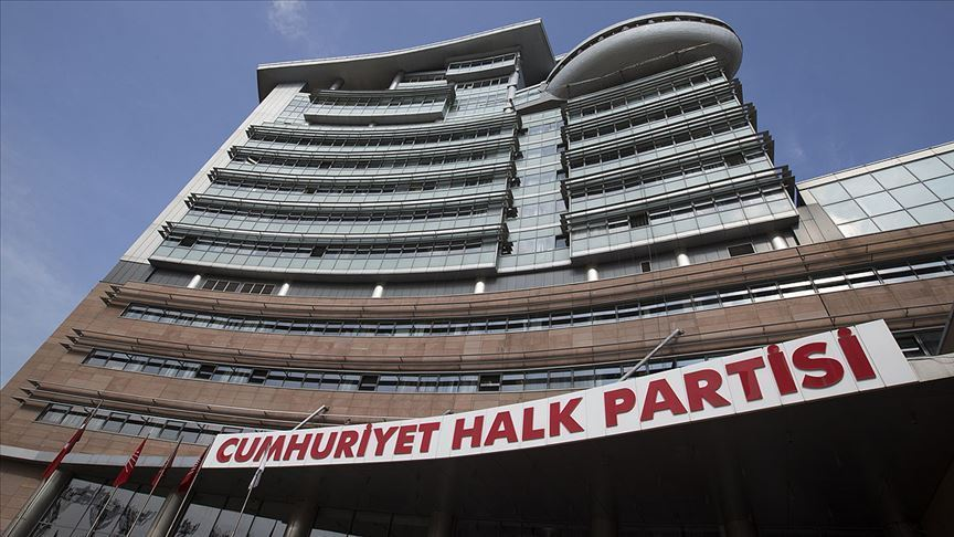 CHP'de koronavirüs alarmı: Bir sekreterde tespit edildi!