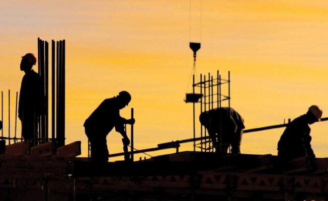 CHP'den rapor: 65 yaş üstü vatandaşlar sanayide ve inşaatta çalışıyor