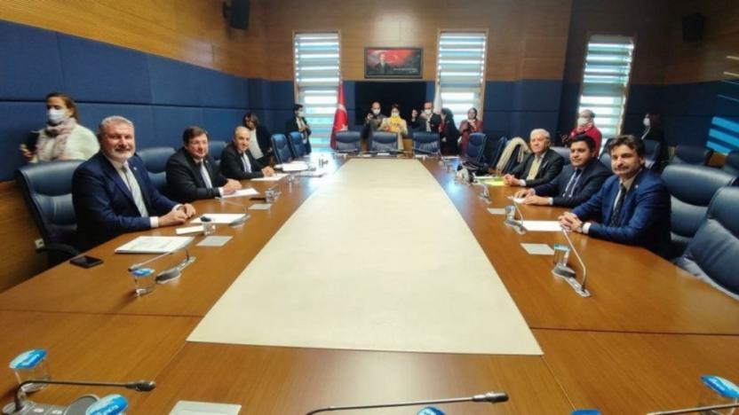 CHP, İYİP, SP, DP, Gelecek ve Deva Partisi Meclis'te buluştu