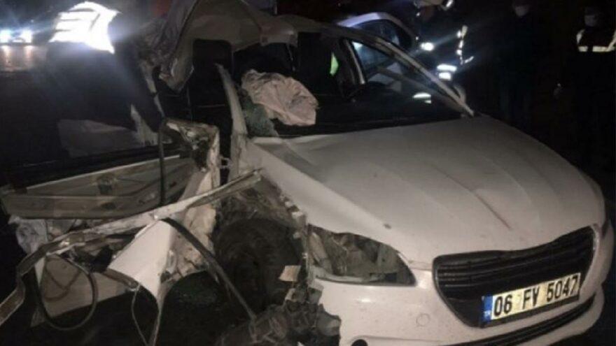 CHP'li Belediye Başkanı'nın otomobili kaza yaptı: 1 ölü, 2 yaralı