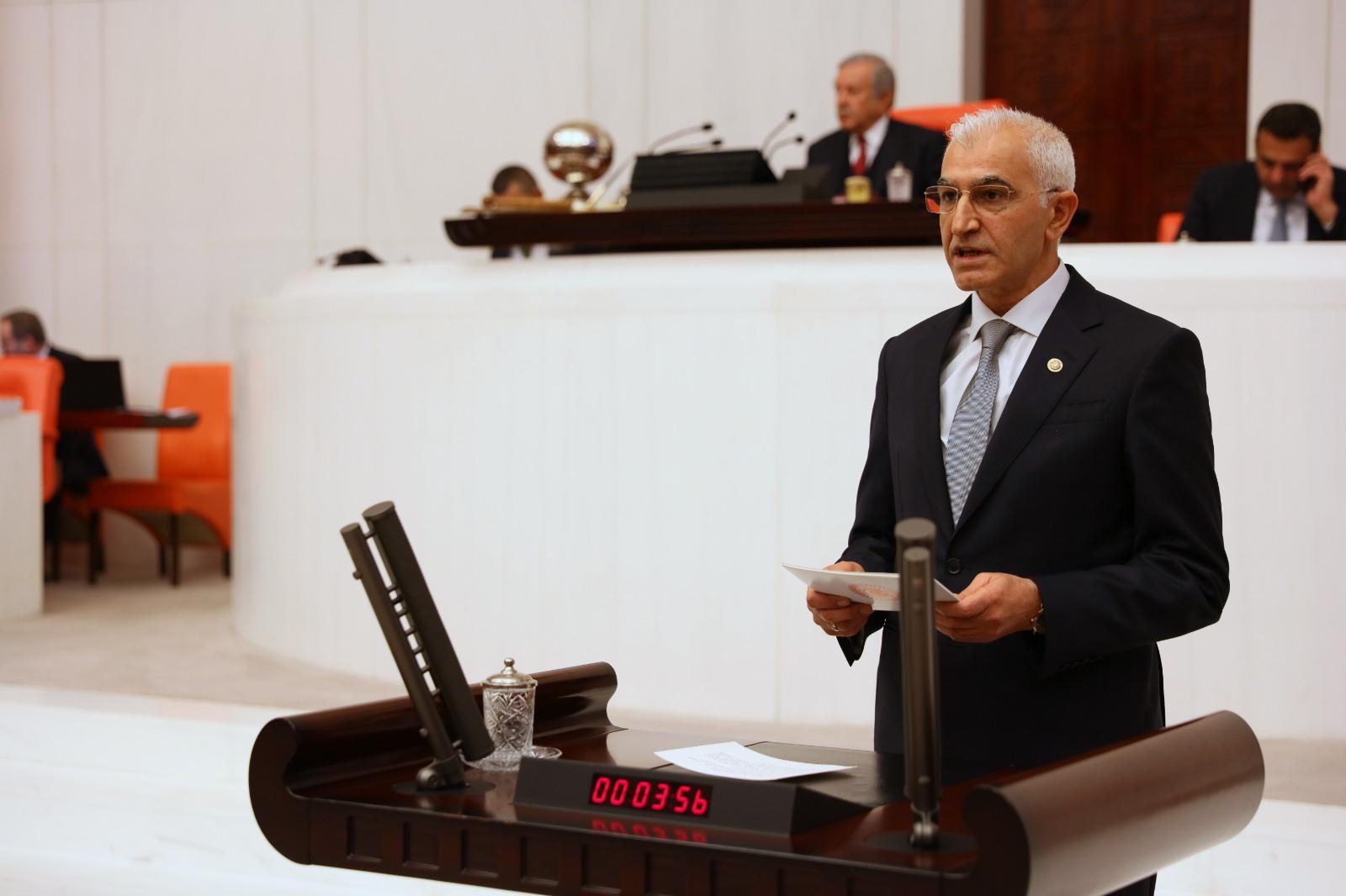 """CHP'li Kılınç, insan kaçakçılarının """"ölüm rotası""""nın araştırılmasını istedi"""