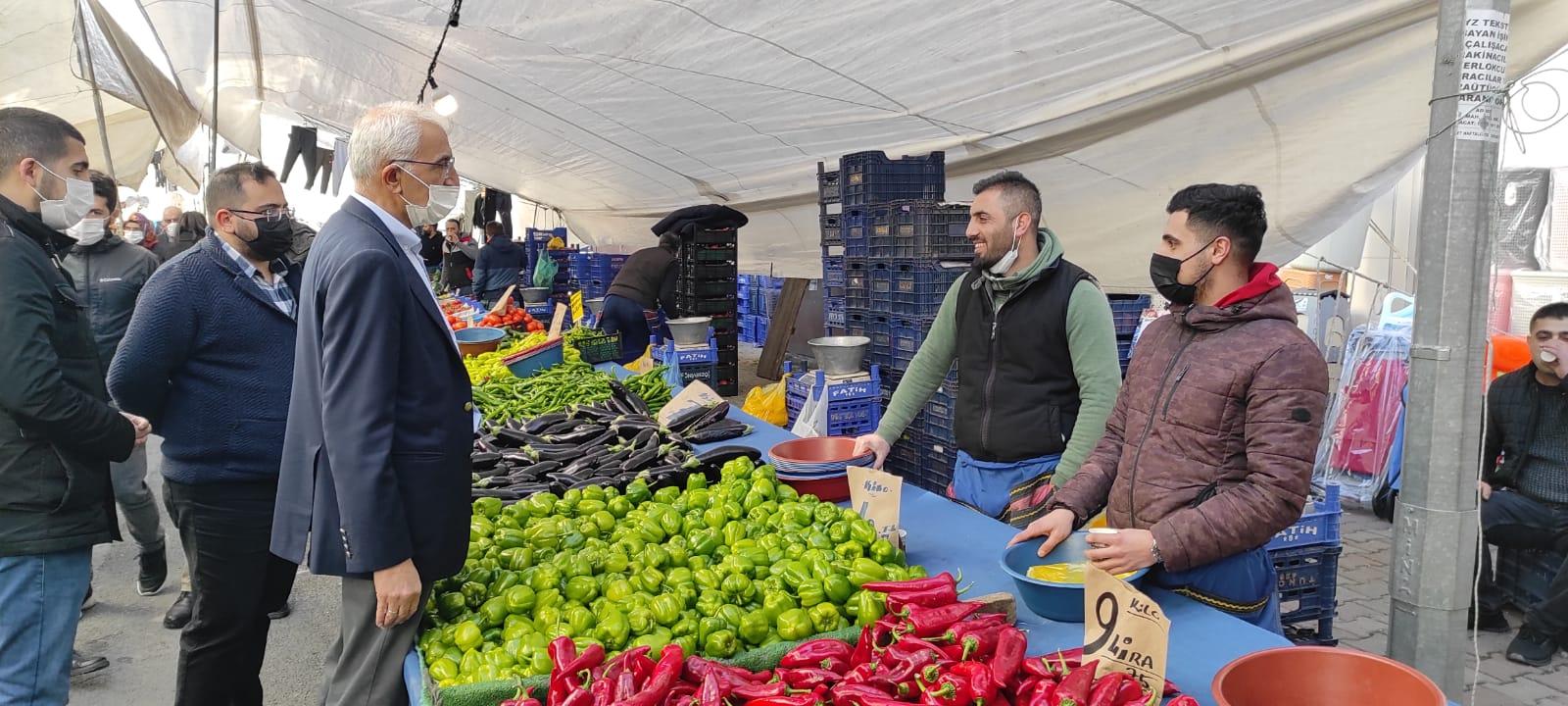 CHP'li Kılınç'tan Sultangazi'de esnafa ziyaret