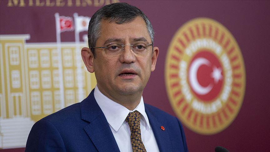 CHP'li Özel: Salgınla mücadelede yeni bir stratejiye ihtiyaç var