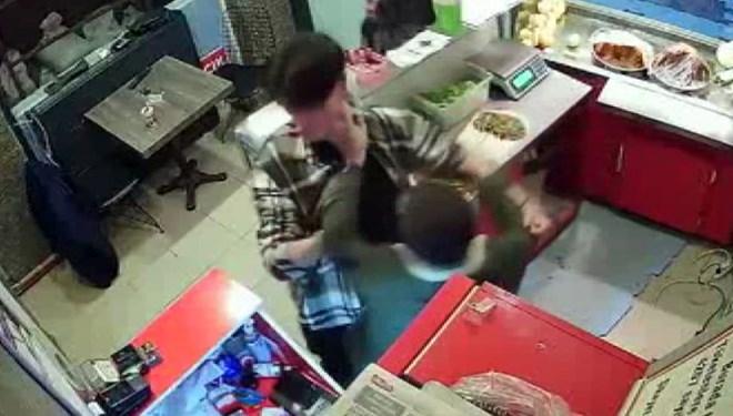 Çiğ köfteci saldırısına iki tutuklama