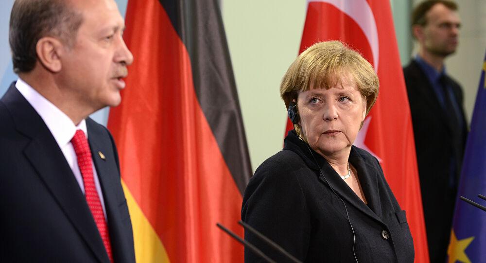 Cumhurbaşkanı Erdoğan, Merkel ile görüştü!
