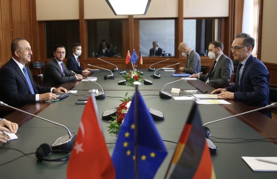 Dışişleri Bakanı Çavuşoğlu'ndan Almanya'da AB'ye mesaj