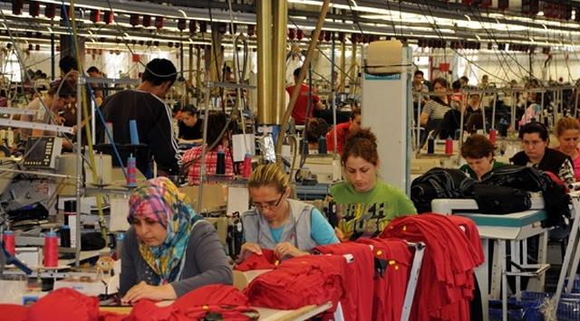 DİSK: İşçilerin yaklaşık yüzde 61'i tam kapanmadan muaf