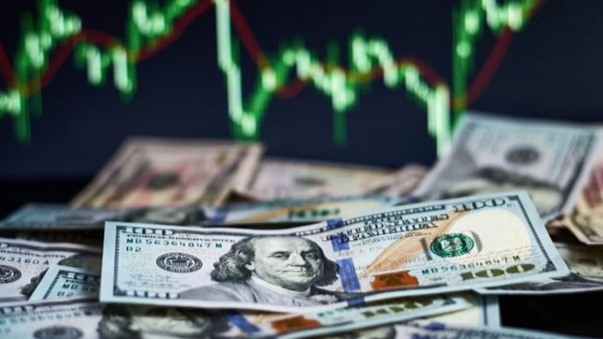 Dolar 7.93, euro 9.31'den güne başladı