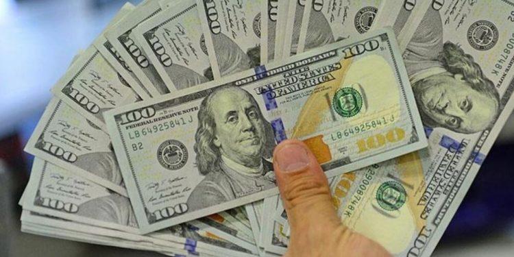 Dolar rekor tazeledi, 9,24'ü de geçti